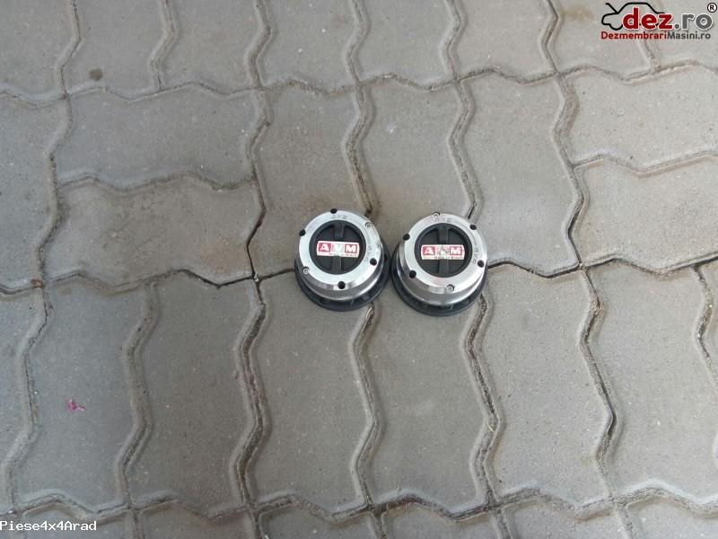 Imagine Butuc roata Nissan Navara D 22 2000 Piese Auto