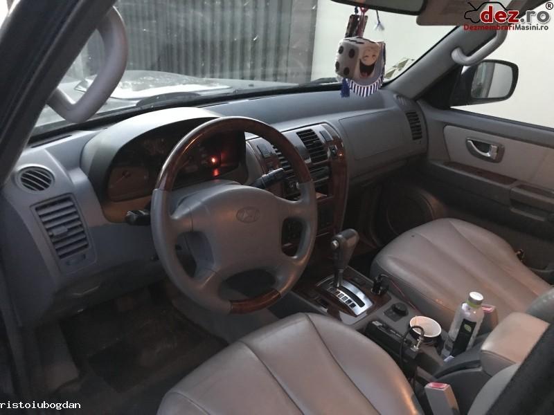 Imagine Dezmembrez Hyundai Terracan 2004 in Craiova