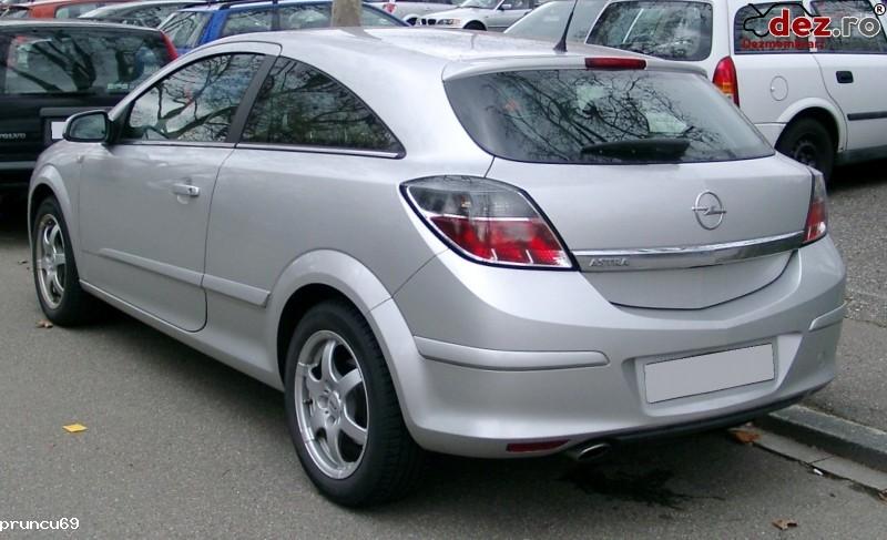 Imagine Dezmembrez Opel Astra H 2 Usi in Agigea