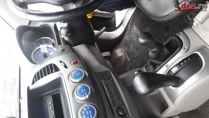 Imagine Dezmembrez Mitsubishi L200 2 5d Di D 2008 in Ploiesti