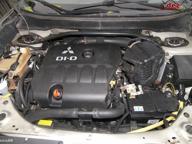 Imagine Dezmembrez Mitsubishi Outlander 2 0tdi 2008 in Ploiesti