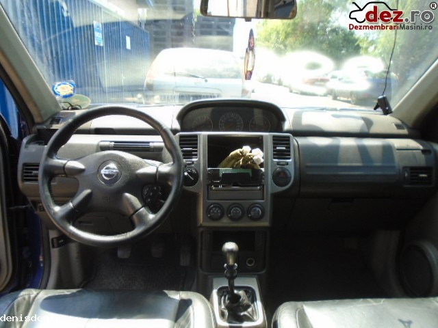 Imagine Dezmembrez Nissan X Trail 2 2 Dci An 2004 in Bucuresti