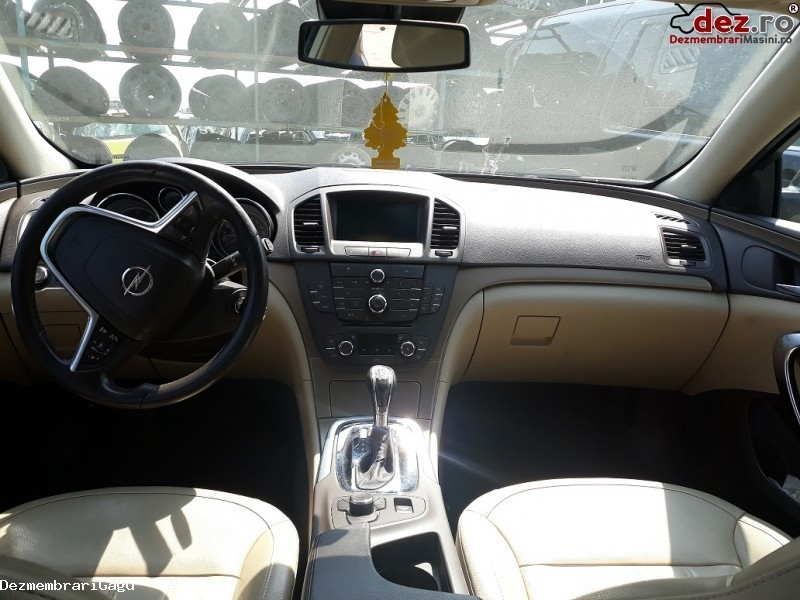 Imagine Dezmembrez Opel Insignia Din 2011 in Petrachioaia