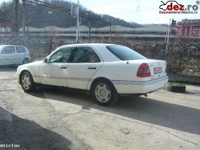 Imagine Dezmembrez Mercedes C 250 Diesel 113 Cp An1994 in Resita