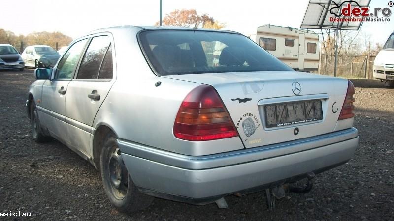 Imagine Dezmembrez Mercedes C 220 Diesel 95cp An 1997 in Resita