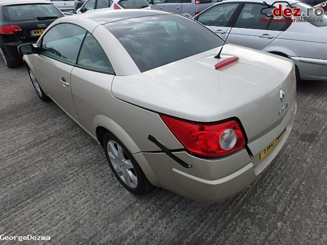Imagine Dezmembrez Renault Megane 1 9dci Cabrio An 2005 2010 in Oradea