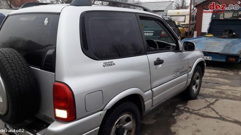 Imagine Dezmembrez Suzuki Grand Vitara An 2001 Motor 2 0 Benzina in Bucuresti