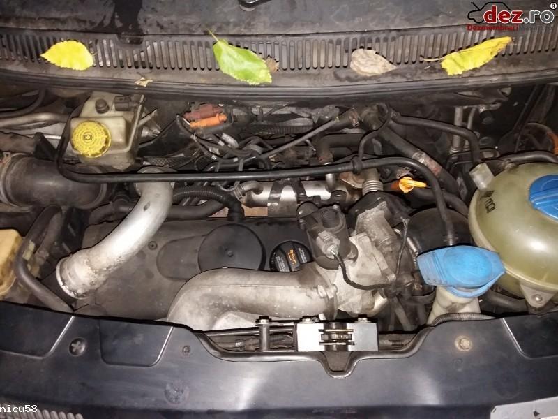 Imagine Dezmembrez Volkswagen T5 Motor 2 5 in Ploiesti