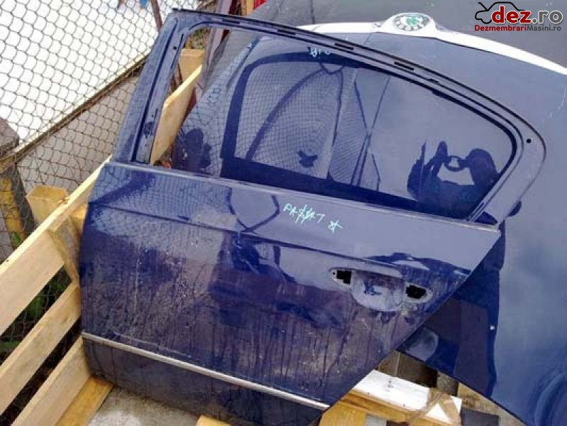 Imagine Usa spate stanga volkswagen passat din dezmembrari usa spate stanga... in Bucuresti