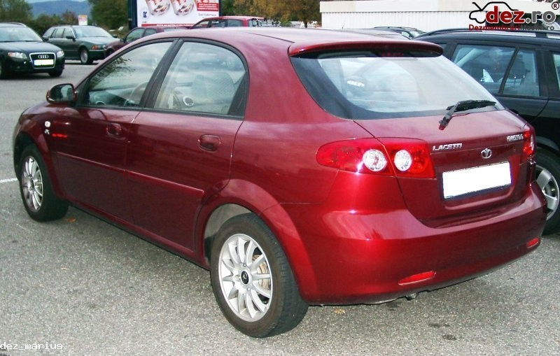 Imagine Dezmembrez Chevrolet Lacetti Motor 1 4 1 6 benzina in Bucuresti