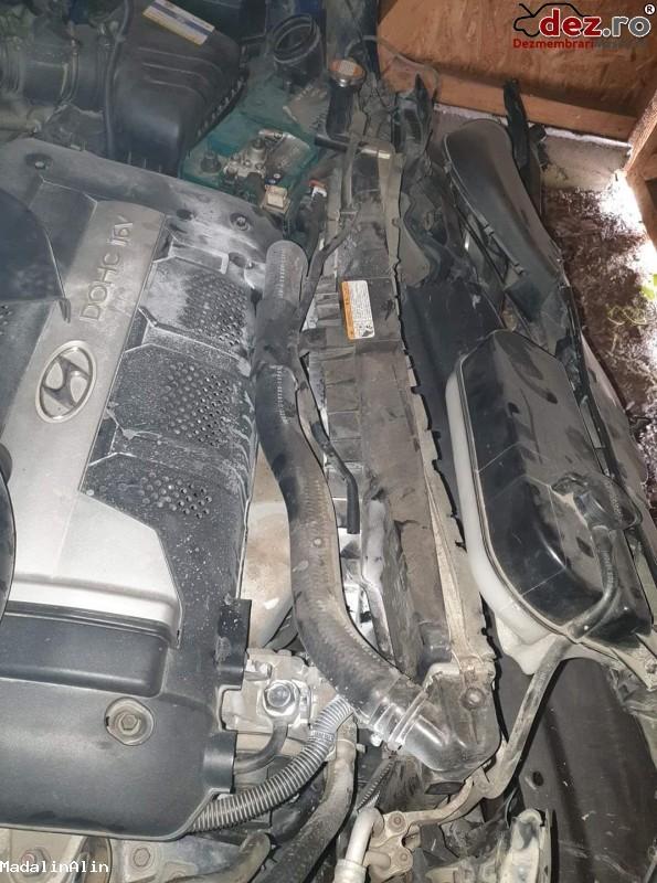 Vand Hyundai Tucson Avariat In Partea Din Fata in Smeeni