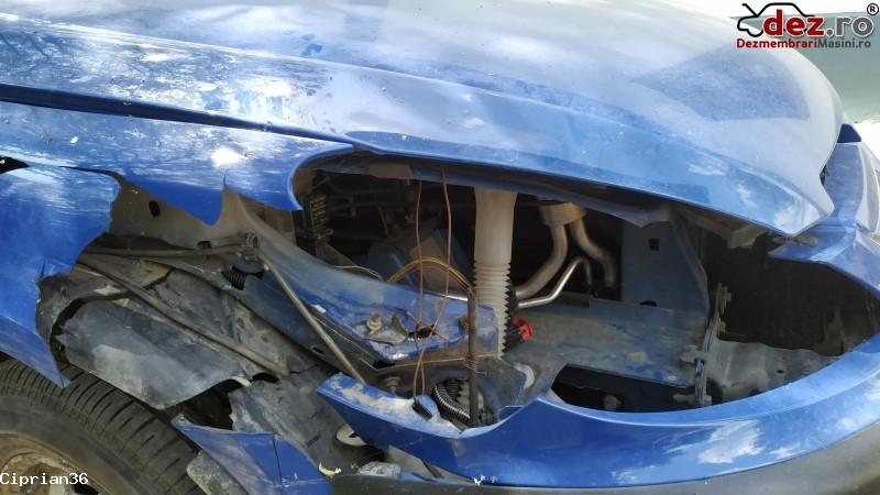 Vand Peugeot 307hdi Avariat Partea Dreapta in Dabuleni