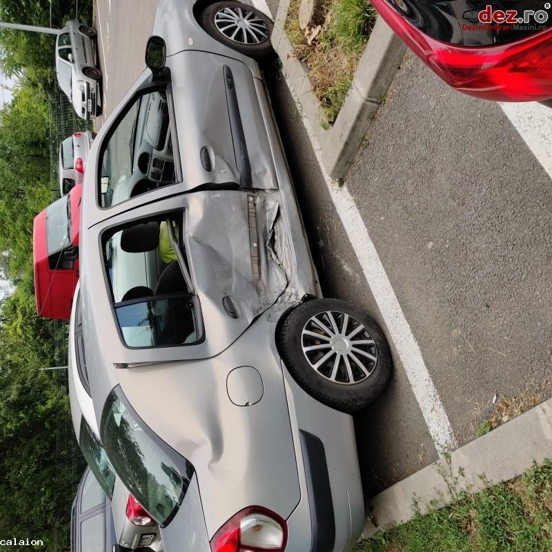 Vand Renault Clio Symbol Avariat Lateral in Bucuresti