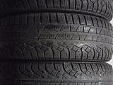 Anvelope de iarna - 215 / 65 - R16 Pirelli