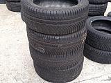Anvelope de iarna - 245 / 45 - R17 Michelin