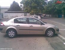 Imagine Aripa stanga fata renault megane 2 sedan an 2005 Piese Auto