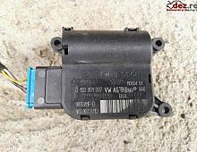 Imagine Comenzi clima Volkswagen Golf 2006 cod 0132801337 Piese Auto