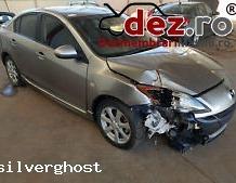 Imagine Cumpar Mazda 3 Avariata Epava Lovita Masini avariate