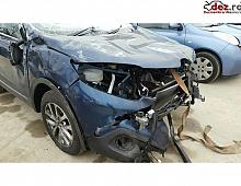 Imagine Cumpar Renault Captur Avariat Lovit Masini avariate