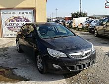 Imagine Dezmembrez Opel Astra J 2012 1 7cdti Piese Auto