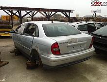 Imagine Dezmembrez citroen c5 2 0hdi tip rhy 109cai 2002 motor cutie Piese Auto