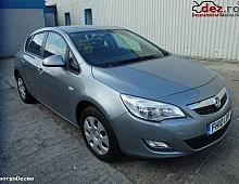 Imagine Dezmembrez Opel Astra J 1 3cdti An 2009 - 2015 Piese Auto