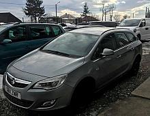 Imagine Dezmembrez Opel Astra J 2012 Non Facelift 1 7 Euro 5 Combi Piese Auto