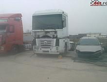 Imagine Dezmembrez renault magnum 2004 motor 480 Piese Camioane