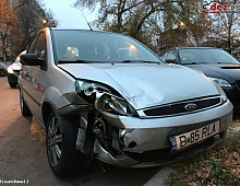 Imagine Vand Ford Fiesta Ghia 65000 Km Masini avariate