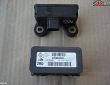 Imagine Modul ESP Renault Megane 3 2012 cod 10.1701-0694.3 Piese Auto
