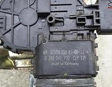 Imagine Motoras stergator parbriz Citroen C5 2003 cod 0390241700 Piese Auto
