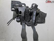 Imagine Pod Pedalier Fiat Linea 1 3d Piese Auto