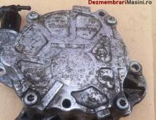 Imagine Pompa vacuum Volkswagen Passat 2012 cod 03L145100F Piese Auto