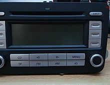 Imagine Sistem audio Volkswagen Passat B6 2004 cod 1K0035186AD Piese Auto