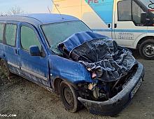 Imagine Vand Citroen Berlingo 2001 1 4 Benzina Masini avariate