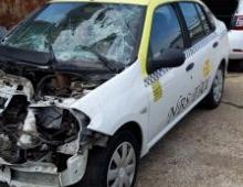 Imagine Vand Renault Symbol Avariat Fata Masini avariate