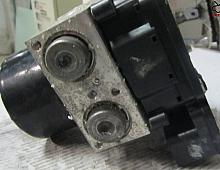 Imagine Calculator unitate abs Skoda Octavia 2010 cod 1K0 614 517 BE Piese Auto