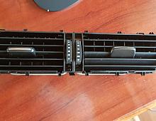 Imagine Grila centrala aer originala Audi Q5 8R cod 8R1820951F